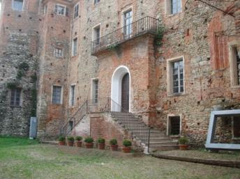 6) Středověké Castello kde se výstava konala